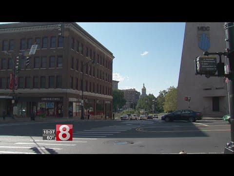 Hartford wants Amazon's corporate headquarters
