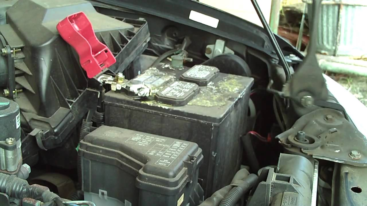 8 year old nissan battery change - YouTube