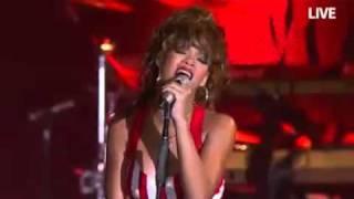 Rihanna - Man Down-Live at Rock In Rio 2011