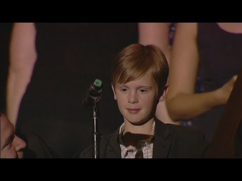 Young boy pops Gillard the question on gay marriage - YouTube