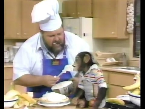 a MONKEY & Dom DeLuise on his 1988 TV show