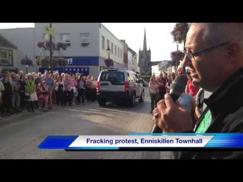 Anti-fracking protest outside Enniskillen Townhall