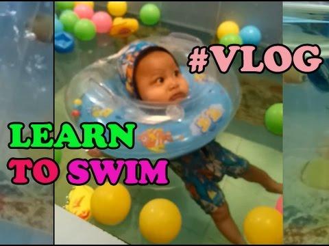 tutorial-bayi-belajar-berenang-di-baby-spa-klinik-dr-johan-solo