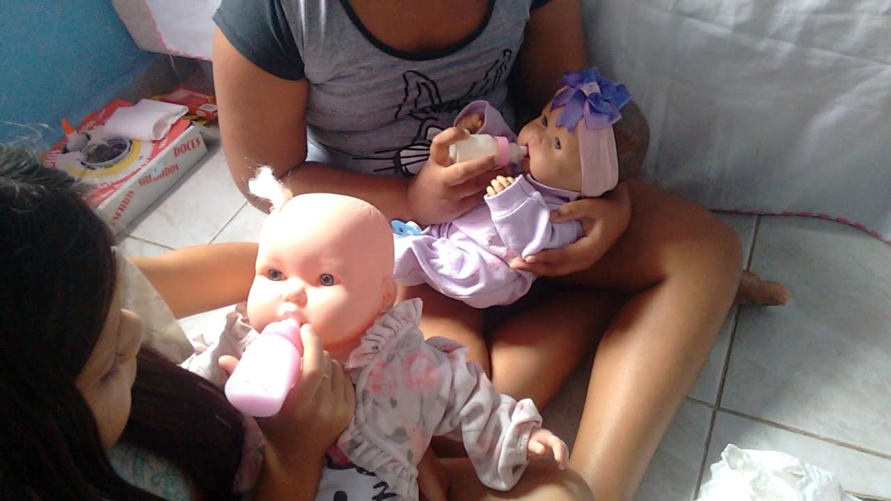 Rotina da tarde da minha boneca e a boneca da minha amiga parte 1