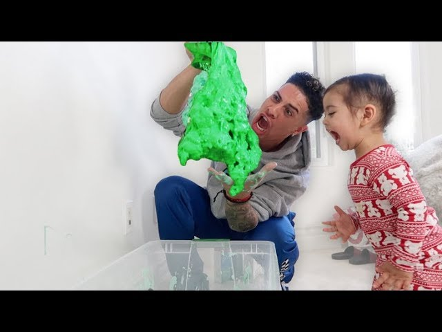 GIANT FLUFFY SLIME COMES ALIVE