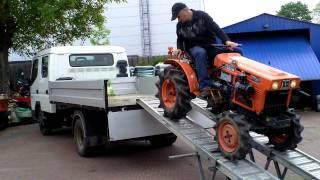 Kubota  B 6001 D  4x4 mini traktorek ogrodniczy. www.traktorki-japonskie.waw.pl