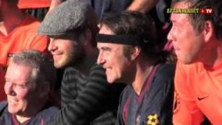 Iron Maiden - Steve Harris plays football - Sonisphere - Stockholm 2010