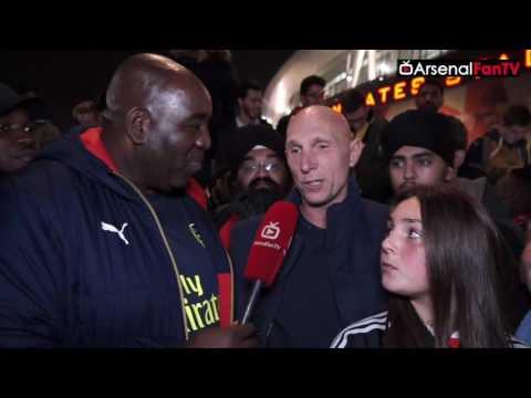 Arsenal vs Reading 2-0 | Carl Jenkinson Is A Proper Gooner!