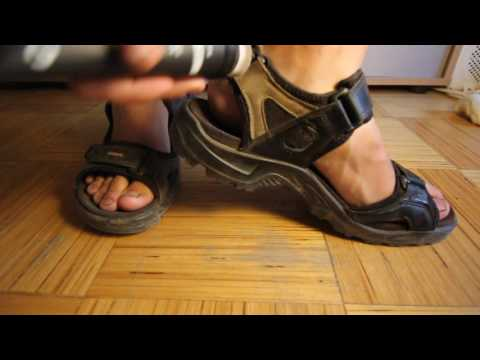 Cleaning Ecco leather sandals with Ecco leather care