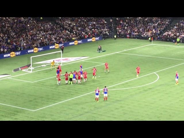 But de Zidane France 98 vs FIFA 98 à l'U Arena