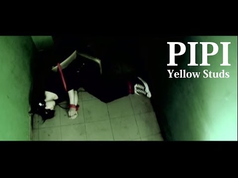 YellowStuds  PIPI
