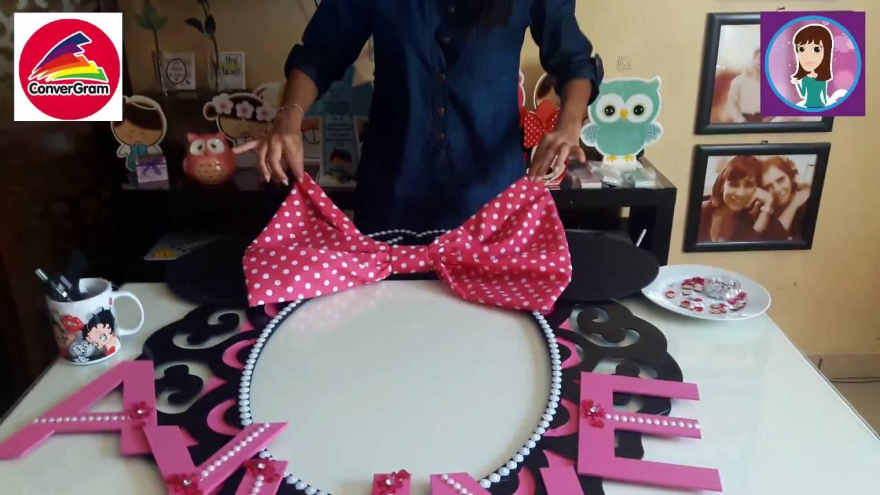 Porta Selfies Minnie Mouse - YouTube