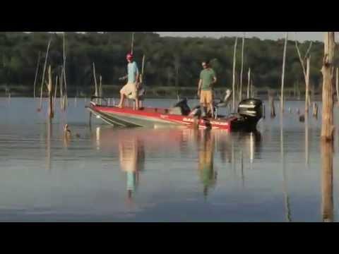 TRACKER Boats: 2013 Pro Team 175 TXW Mod V Fishing Boat
