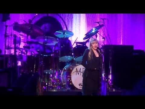 Fleetwood Mac-Dreams live in Milwaukee 2-12-15