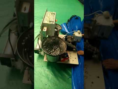 PE Tarpaulin making-Stamping eyelets 1 meter interval- Eyelet machine working video