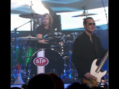 """Stone Temple Pilots release new song """"Perdida"""" off new acoustic album!"""