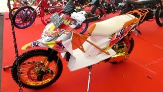 Download Video Motor Matic HONDA BEAT Dimodifikasi Ekstrim jadi MOTOR Trail (Pameran Motor Modifikasi Indonesia) MP3 3GP MP4