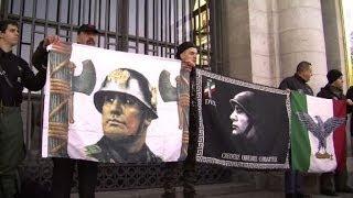Gambar cover Spagna, i nostalgici in piazza per ricordare Franco