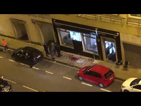 Así quedó la calle Angelo Colocci de Lugo tras la sangrienta pelea
