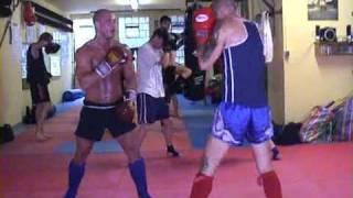 Pahuyuth Bremen Training1