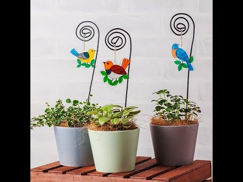 Canvas Project: Garden Stake With Bird Ornament