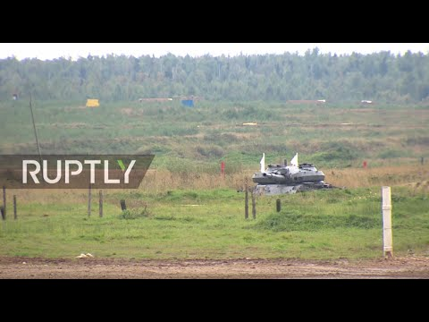 LIVE: Russian air and ground defence units perform at Army 2016 expo
