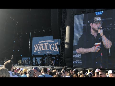 Luke Combs - Tennessee Whiskey Cover (Live) // Tortuga Music Festival 2017