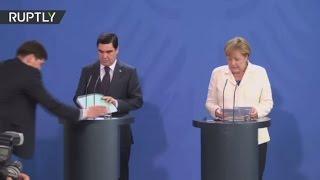 خوف الرئيس التركمانستاني من السم يدهش الألمان!