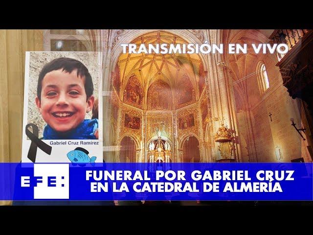 Sigue en vídeo y en directo el funeral por Gabriel Cruz en la catedral de Almería
