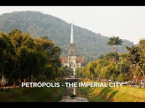 Petrópolis Day-Trip with Imperial Museum and Crystal Palace - Video