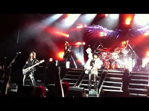 X Japan - Born to Be Free (Live in Oakland)