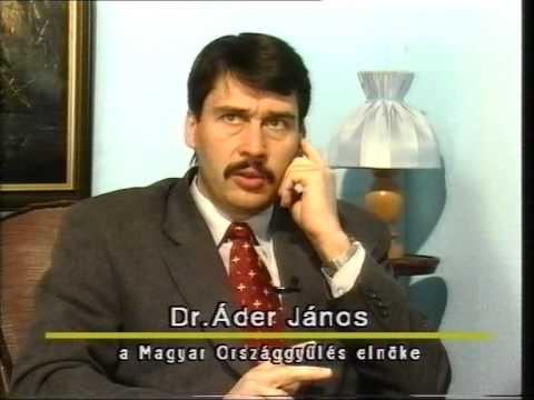 Áder János 2002ben mint házelnök