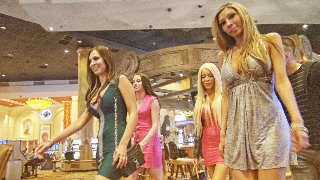 Looking For A Valentine In Vegas! [TROLLING BONUS]
