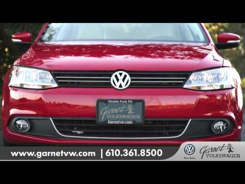 MY14 VW Jetta TDI vs Corolla comparison HD