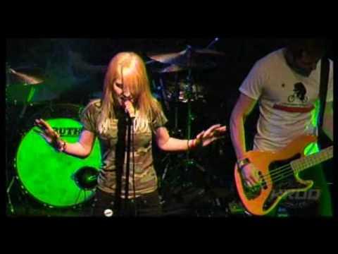 Paramore - Brick by Boring Brick (Live KROQ 09)