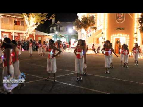 Split Personality #3 - St.George's Santa Parade Dec10 2010
