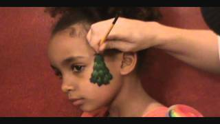 Face Painting Paradise Christmas Tree Design.wmv