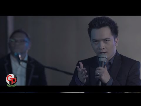 BADAI ROMANTIC PROJECT (BRP) - TAK DENGANKU [Official Music Video]