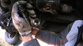 Ремонт привода сцепления на УАЗ Патриот(В дороге пропало сцепление, педаль провалилась., 2014-11-04T15:40:12.000Z)