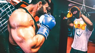 Bodybuilder meets K1 - Big V rastet aus!