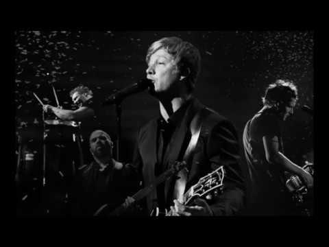 Sunrise Avenue - Heartbreak Century LYRICS