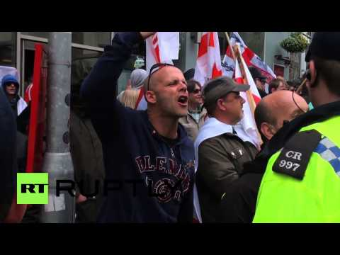 UK: March for England fails to make it far in Brighton