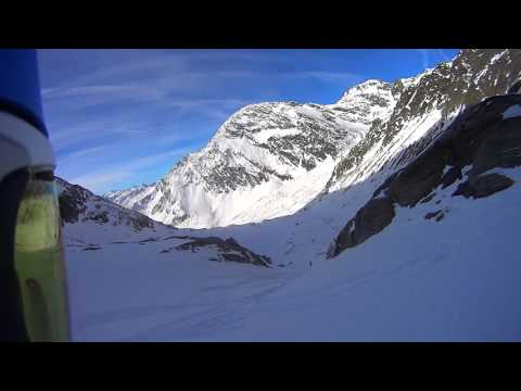 Little off-piste run down the windacher ferner (stubai ski) 2