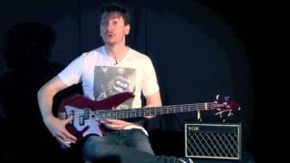 Yamaha RBX170EW Bass Guitar & Vox PATHFINDER10B Bass Amp