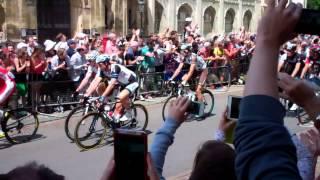 Tour de France going past Kings