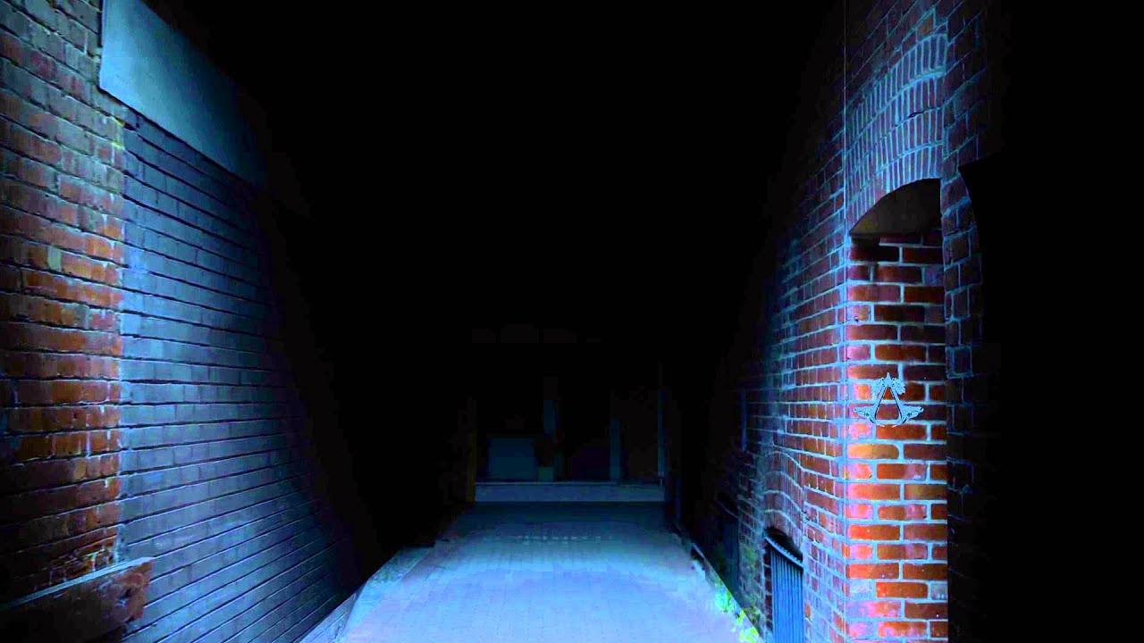 alley Anna morna dark