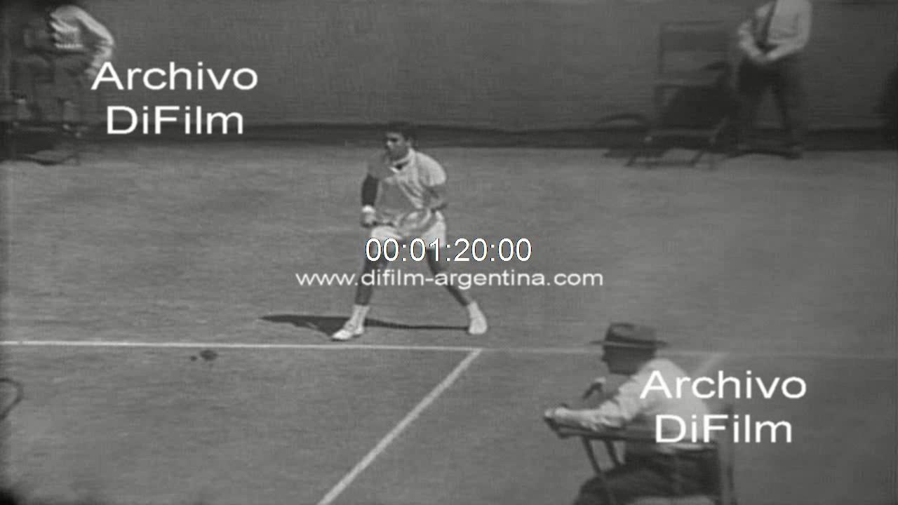 Roy Emerson derrota a Manuel Santana Copa Davis 1967