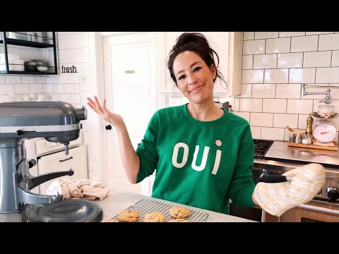 Quarantine Cooking with Joanna Gaines