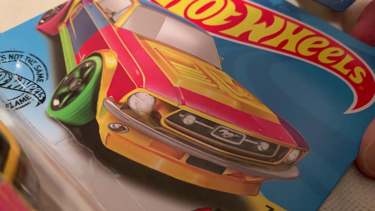 Hot Wheels 1967 Ford Mustang Coupe (2019 HW Art Cars)