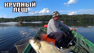 Рыбалка Летом КРУПНЫЙ ЛЕЩ РВЕТ ЛЕСКУ и НЕ ЛЕЗЕТ В ПОДСАК Ловля Леща на реке Волга Лодка Донки